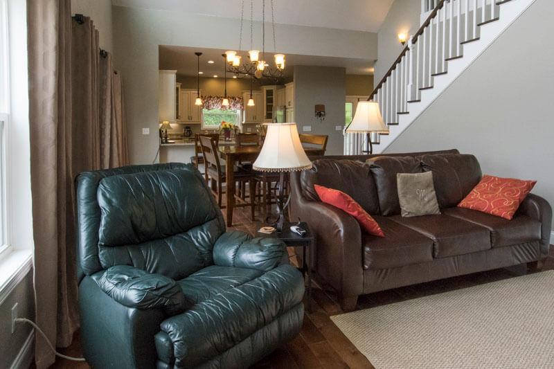 422-Snap-livingroom